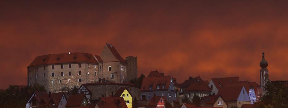 lupburg-bei-nacht